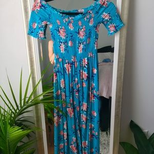 Forever21 blue floral maxi dress